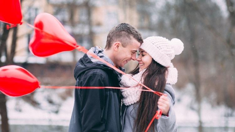 Je t'aime, le dire ou le montrer ? Des conseils pour faire ressentir vos sentiments
